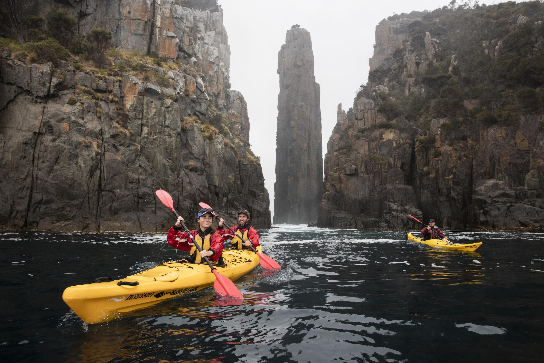 Roaring 40s Kayaking blog - Tips for kayaking photography - Tasman Peninsula kayaking adventure