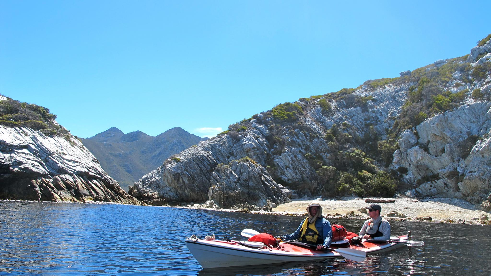 Roaring 40s Kayaking - Learn to sea kayak in Hobart Tasmania