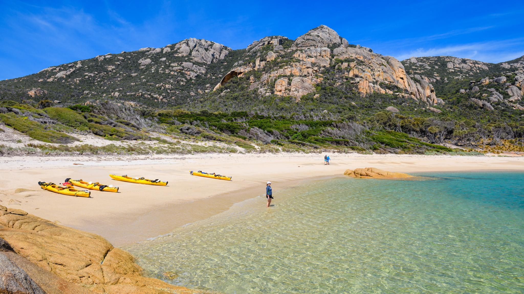 Kayaking on Flinders Island