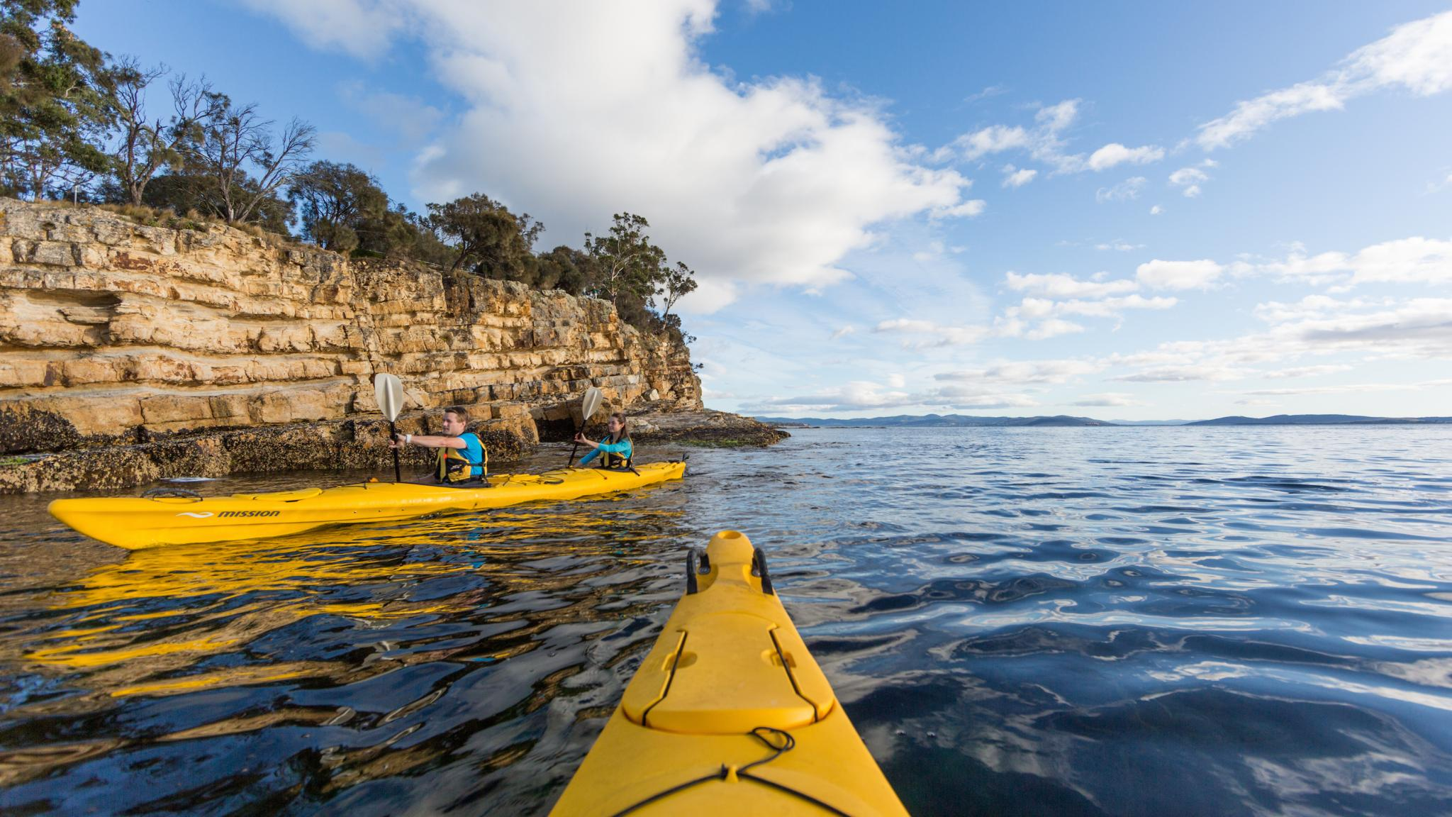 Roaring 40s Kayaking - sea kayaking Tasmania beautiful coastline