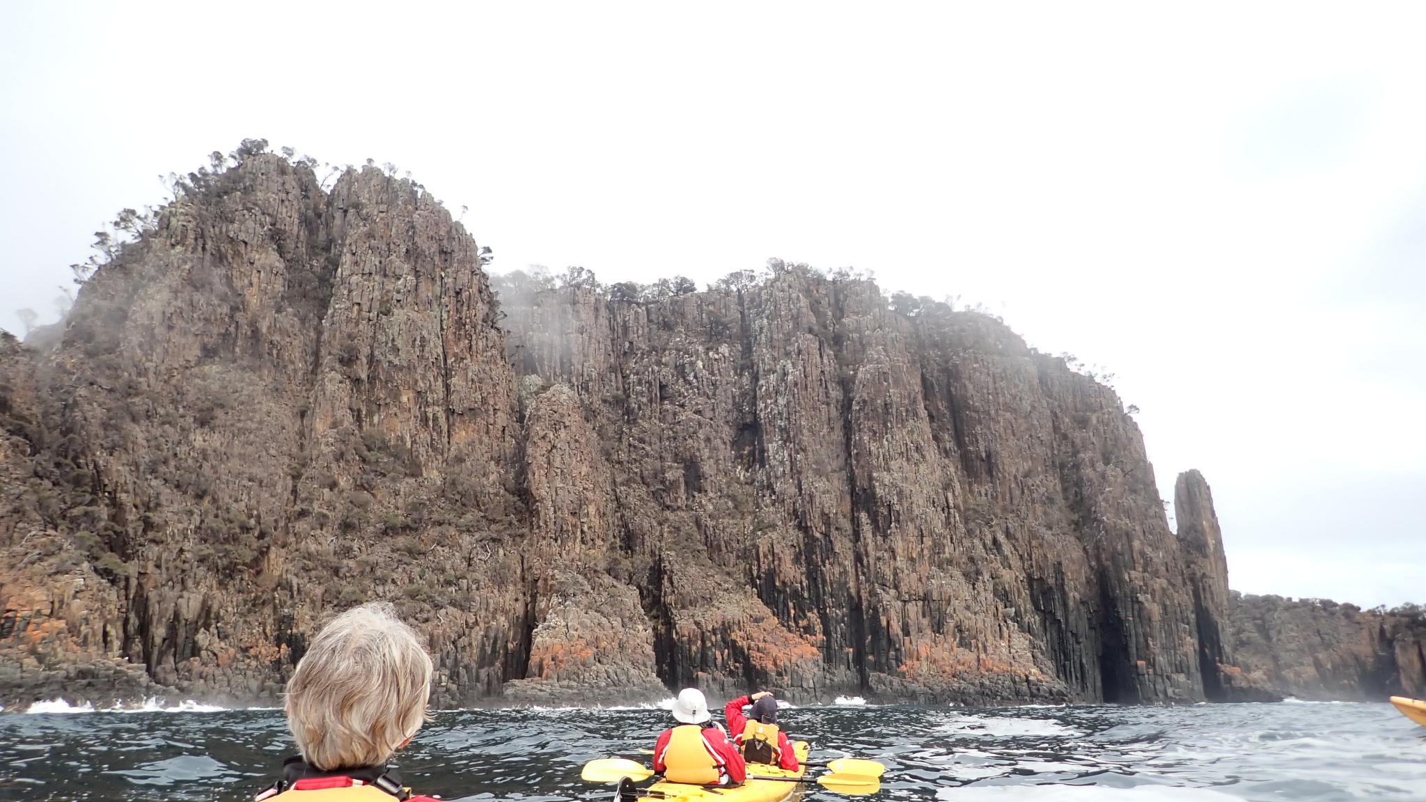 Sea kayaking adventure on the Tasman Peninsula, Kayaking Tasmania