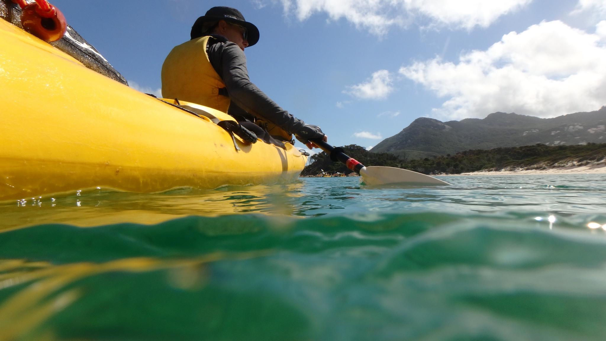 Roaring 40s Kayaking - Kayaking holiday enjoying clear water Flinders Island Tasmania