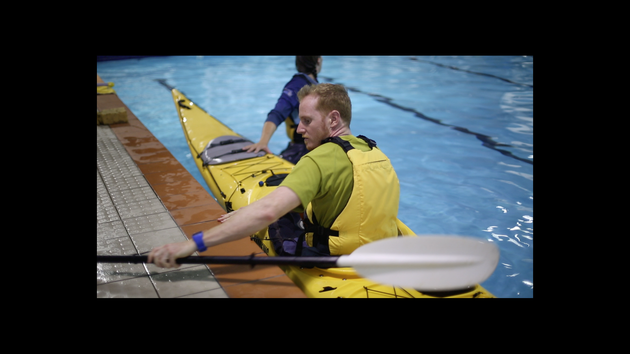 Roaring 40s Kayaking - Beginner Learn to Kayak Lessons Hobart Tasmania