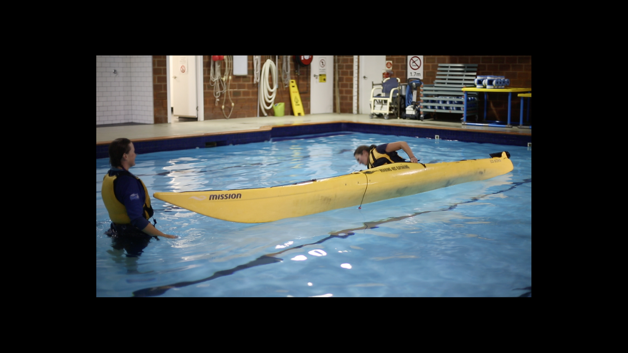 Roaring 40s Kayaking - Capsizing kayak in safety of pool Hobart Tasmania